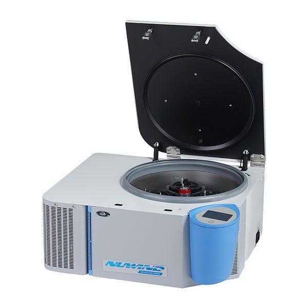 Centrífuga Refrigerada NU-C300R