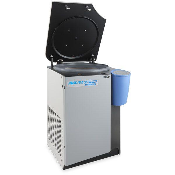 Centrífuga Refrigerada NU-C300RF